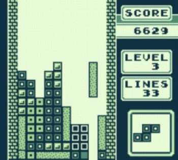 Gleich werden vier Reihen gleichzeitig verschwinden. Dieser sogenannte Tetris war im Duellmodus stets gefürchtet.